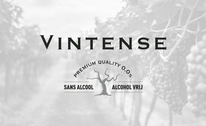 ALCOHOLVRIJE BUBBELS VINTENSE BEKROOND TIJDENS SMAAKTEST